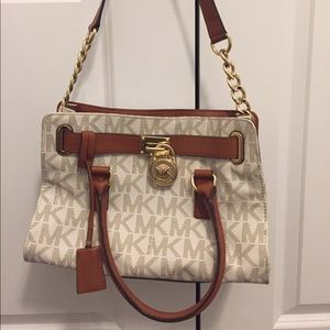 Like new Michael Kors handbag